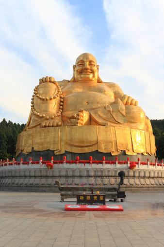 仏像「gole 涅槃像」:スマホ壁紙(16)