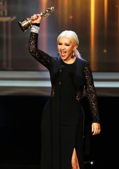 Human Arm「2012 NCLR ALMA Awards - Show」:写真・画像(0)[壁紙.com]