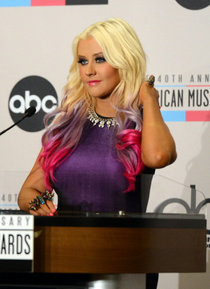 Two-Toned Hair「The 40th Anniversary American Music Awards Nominations Press Conference」:写真・画像(1)[壁紙.com]
