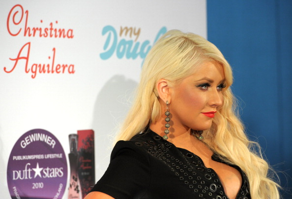 New「Christina Aguilera Presents New Fragrance 'Royal Desire'」:写真・画像(13)[壁紙.com]
