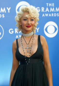Choker「44th Annual Grammy Awards」:写真・画像(12)[壁紙.com]