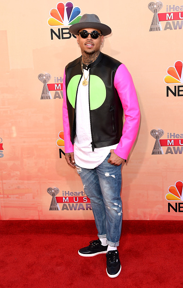 Singer「2015 iHeartRadio Music Awards On NBC - Arrivals」:写真・画像(15)[壁紙.com]