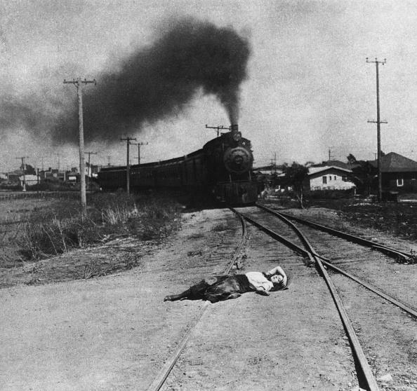 Railroad Track「Damsel In Distress」:写真・画像(9)[壁紙.com]