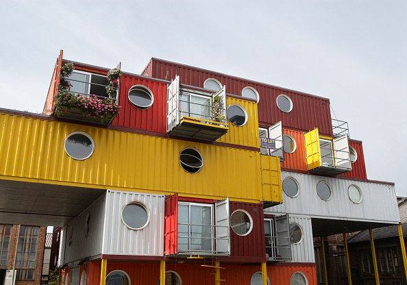 Container「Urban Space Management's 'Container City', live-work development made out of recycled shipping containers, Trinity Buoy Wharf, Leamouth, East London, UK」:写真・画像(19)[壁紙.com]