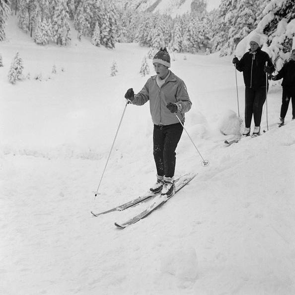 Skiing「Prince Charles in Switzerland」:写真・画像(6)[壁紙.com]
