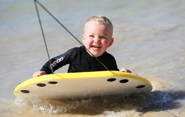 Shallow「Australians Celebrate Christmas At Bondi Beach」:写真・画像(7)[壁紙.com]