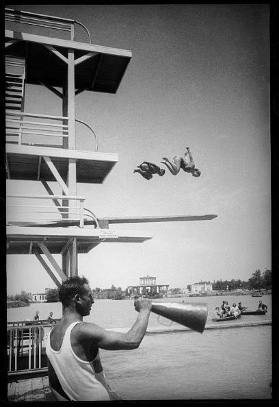 Max Penson「A Dive」:写真・画像(12)[壁紙.com]