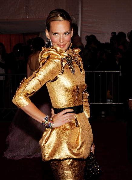 "Eyeliner「""The Model As Muse: Embodying Fashion"" Costume Institute Gala - Arrivals」:写真・画像(6)[壁紙.com]"