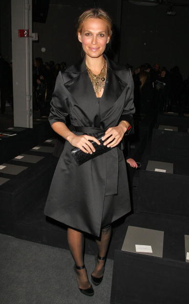 Overcoat「Donna Karan Collection - Front Row - Fall 09 MBFW」:写真・画像(8)[壁紙.com]