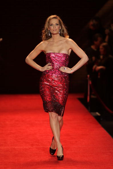 Mark Mainz「The Heart Truth's Red Dress Collection - Runway - Fall 08 MBFW」:写真・画像(14)[壁紙.com]