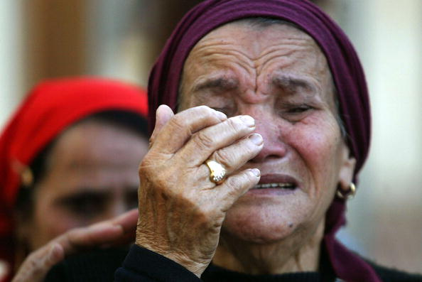 Focus On Foreground「Suicide Bombing Victims Buried In Israel」:写真・画像(19)[壁紙.com]