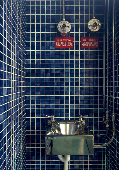 Tile「Hand wash basin in an industrial kitchen」:写真・画像(11)[壁紙.com]