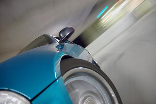Overtaking「Fast Driving Sports Car」:スマホ壁紙(17)