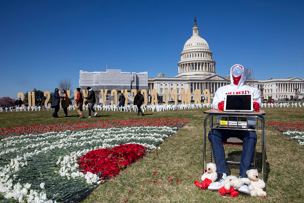 Grounds「March For Our Lives Students Place Gun Violence Prevention Art Installation On Capitol Grounds」:写真・画像(14)[壁紙.com]