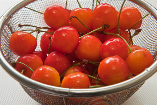 サクランボ「Cherries」:スマホ壁紙(3)
