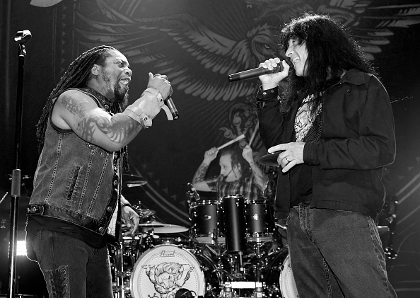 対面「Sevendust In Concert At Brooklyn Bowl Las Vegas」:写真・画像(9)[壁紙.com]