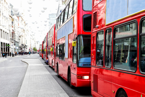 Oxford Street - London「London Bus Traffic Jam」:スマホ壁紙(2)