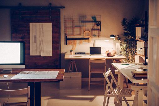 Night「Office interior」:スマホ壁紙(17)