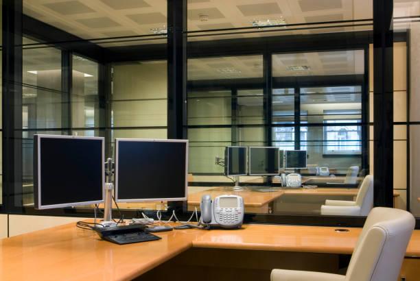 Office Interior:ニュース(壁紙.com)