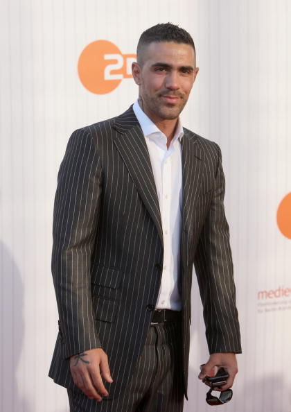 縦位置「German Film Award 2009 - Arrivals」:写真・画像(12)[壁紙.com]
