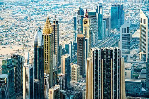 Avenue「Modern skyscrapers in Downtown Dubai, United Arab Emirates」:スマホ壁紙(14)