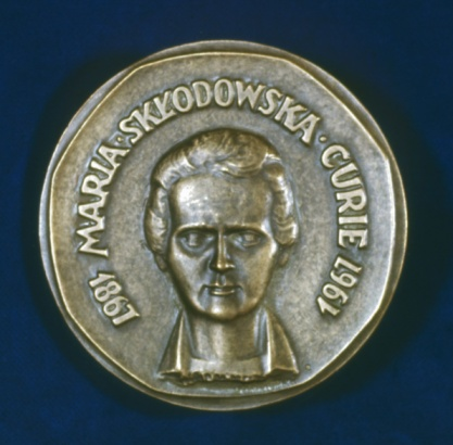 1967「Medal commemorating physicist Marie Curie」:スマホ壁紙(1)