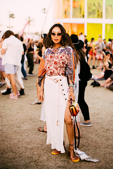 Skirt「Street Style At The 2019 Coachella Valley Music And Arts Festival - Weekend 1」:写真・画像(4)[壁紙.com]