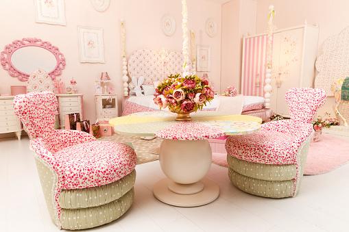 Dressing Table「Pink childrens room」:スマホ壁紙(1)