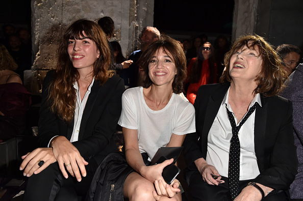 ジェーン・バーキン「Saint Laurent : Front Row  - Paris Fashion Week Womenswear Spring/Summer 2017」:写真・画像(10)[壁紙.com]