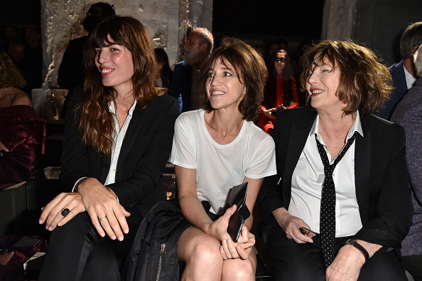 ジェーン・バーキン「Saint Laurent : Front Row  - Paris Fashion Week Womenswear Spring/Summer 2017」:写真・画像(6)[壁紙.com]