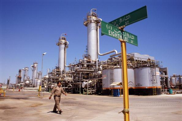 Tom Stoddart Archive「Dhahran Oil Refinery」:写真・画像(5)[壁紙.com]