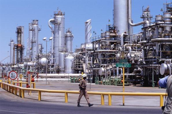 Dhahran「Dhahran Oil Refinery」:写真・画像(2)[壁紙.com]