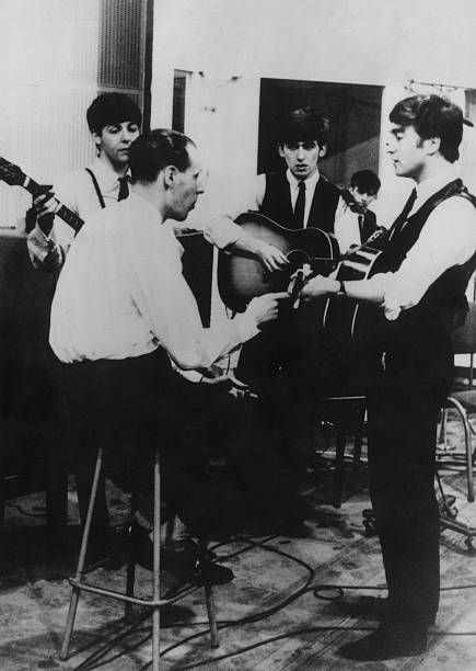 Studio Beatles:ニュース(壁紙.com)