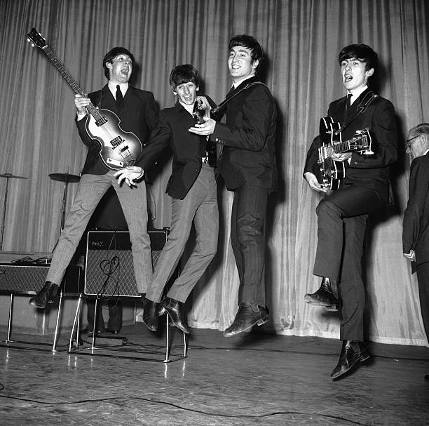 Leaping Beatles:ニュース(壁紙.com)