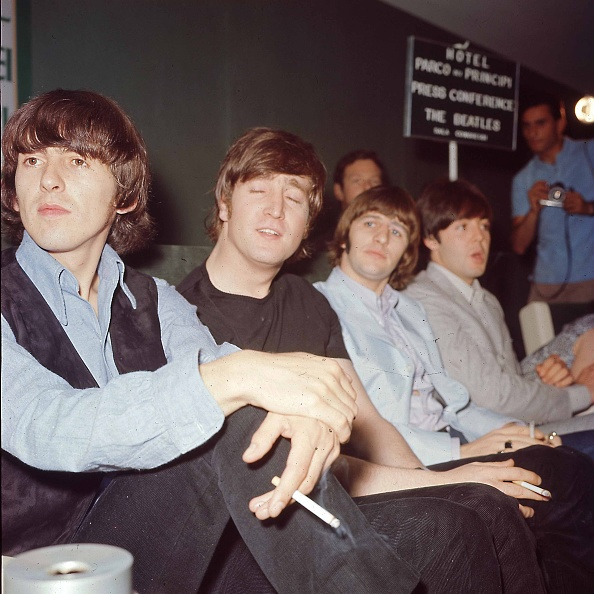 Four People「The Beatles are in Rome for the Italian tour, Rome June 1965」:写真・画像(10)[壁紙.com]