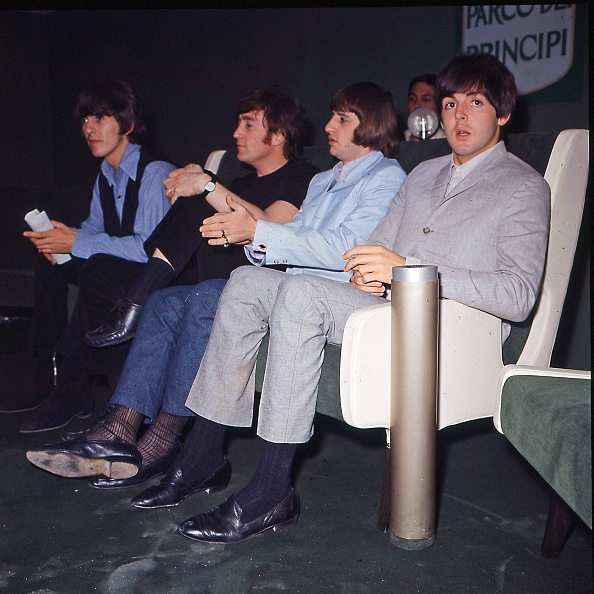 スクエア「The Beatles are in Rome for the Italian tour, Rome June 1965」:写真・画像(19)[壁紙.com]
