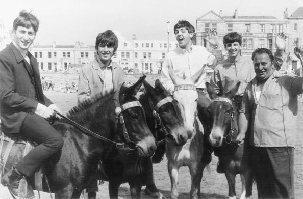 Weston-super-Mare「Beatles On Donkeys」:写真・画像(9)[壁紙.com]