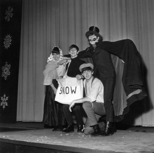 New Year「Beatles In Costume」:写真・画像(10)[壁紙.com]