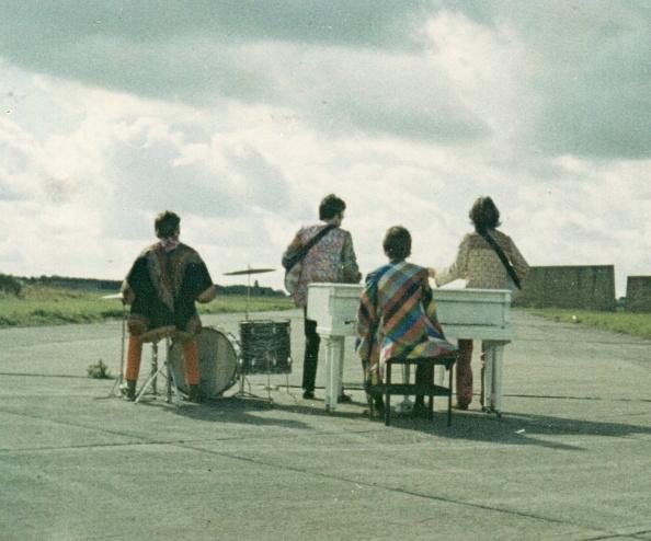 Piano「The Beatles」:写真・画像(11)[壁紙.com]