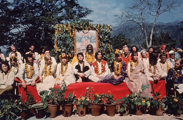 India「Beatles And Maharishi」:写真・画像(0)[壁紙.com]