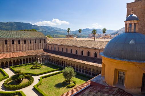 Cloister「Cloiser of abbey in Monreale (Sicily, Italy)」:スマホ壁紙(18)