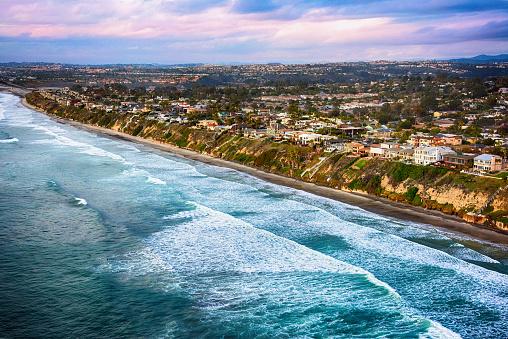 Encinitas「Coastline of Leucadia California Aerial View」:スマホ壁紙(2)