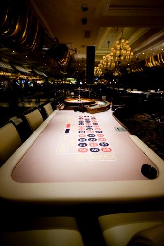 Unrecognizable Person「Roulette in Casino」:スマホ壁紙(11)