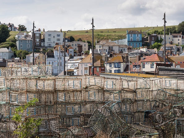 Hill「Lobster Pots On Stade Beach」:写真・画像(8)[壁紙.com]