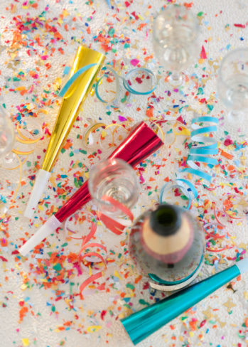 Celebration「Champagne bottle and party supplies」:スマホ壁紙(10)