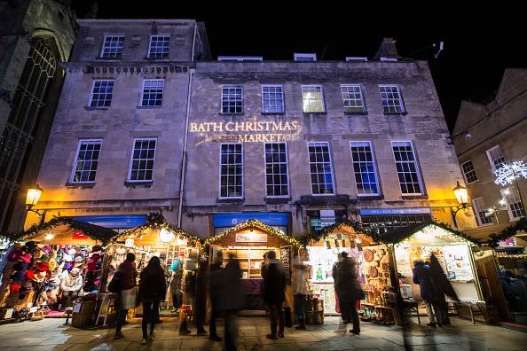 Bath - England「Shoppers Visit Bath Christmas Market」:写真・画像(7)[壁紙.com]