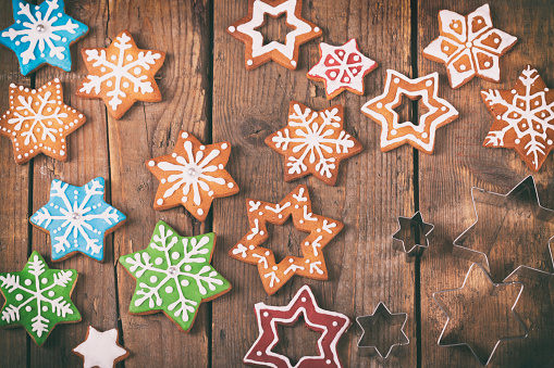 Gingerbread Cookie「Christmas star shaped cookies in different sizes」:スマホ壁紙(9)