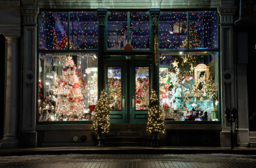 Christmas Lights「Christmas store window display」:スマホ壁紙(18)