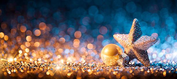 Christmas Star with ornament on Glitter - Bokeh Defocused Gold:スマホ壁紙(壁紙.com)