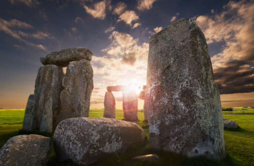 Temple - Building「UK, England, Wiltshire, Stonehenge at sunset」:スマホ壁紙(7)
